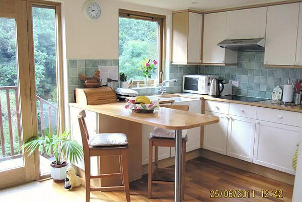 Beautiful 3 Bedroom Holiday Home To Let In Edinburgh EH12