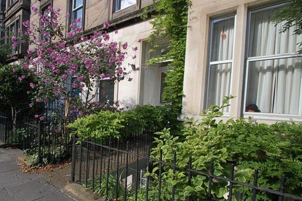 Holiday Home To Let In Edinburgh EH7