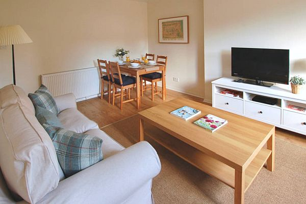 Holiday Apartment To Let In Edinburgh New Town