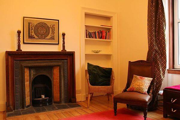 3 Bedroom Holiday Let Victorian Flat In Edinburgh